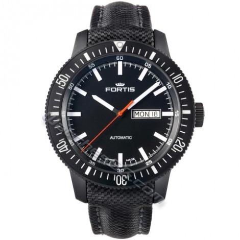 Часовник FORTIS Monolith 647.18.31LP